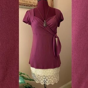 🌹Sweetheart neck top, magenta colored.🌹
